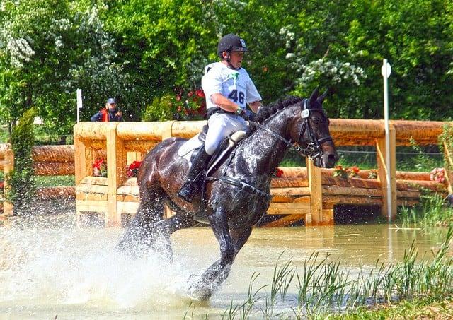 Préparation physique équitation - parcours difficiles