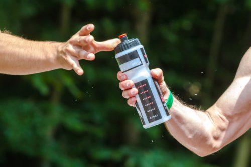 Manger moins en buvant de l'eau