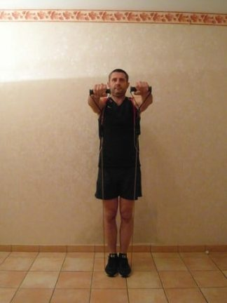 Elévations frontales pour les épaules