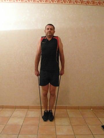 Musculation épaule - haussement d'épaules 2