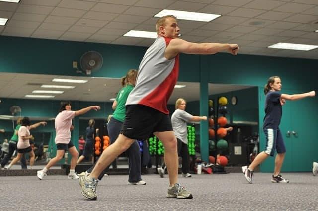 Se former pour devenir coach sportif ou professeur de fitness