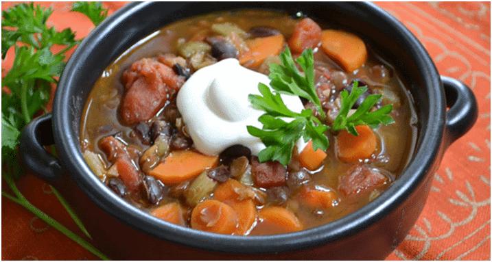 Par quoi remplacer la viande - Soupe aux lentilles et légumes