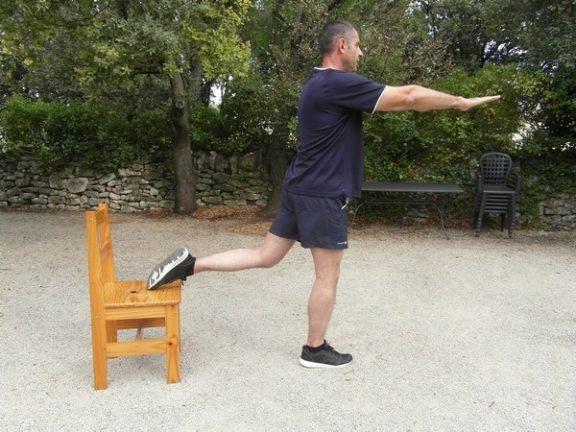 Exercices poids du corps - Squats bulgares 1