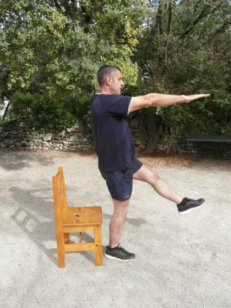 Exercices poids du corps - Squats une jambe 1