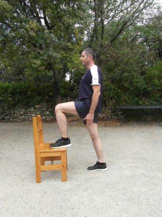 Exercices poids du corps - Relevé de jambe alterné 4