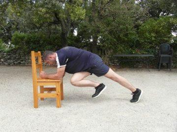 Exercices poids du corps - Planche avec levée des genoux 4