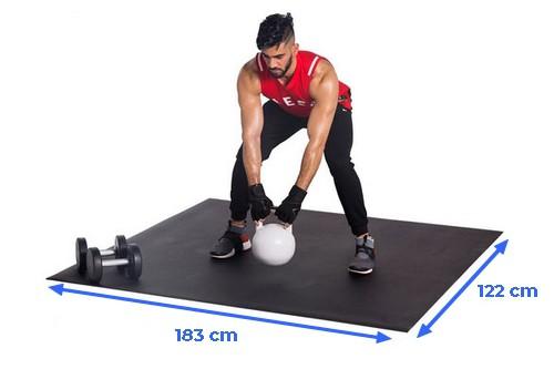 tapis de sol musculation SquareFit pour brûler 1000 calories