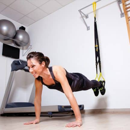 Sangles de suspention Sveltus - un bon équipement pour faire du sport chez soi